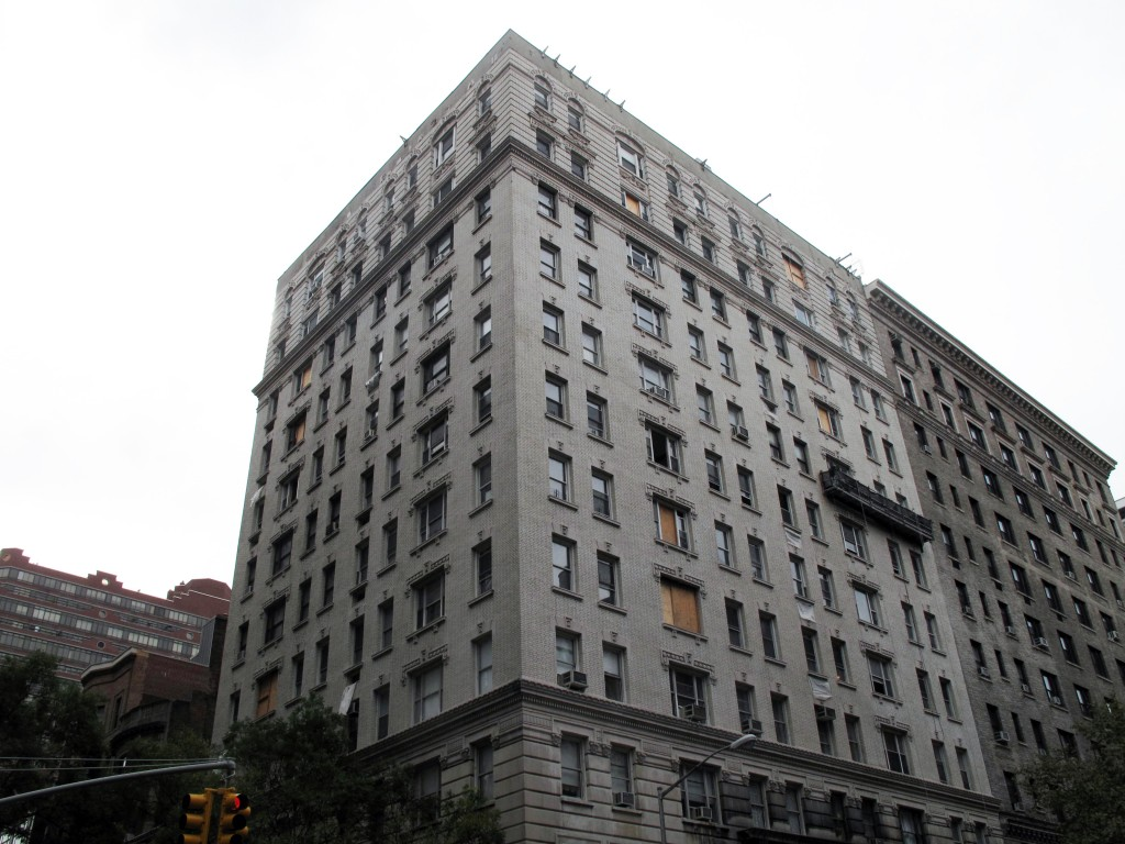 498 West End 2